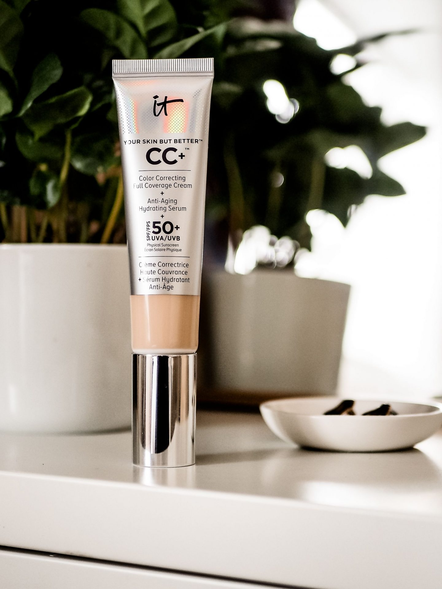 IT Cosmetics CC Full Coverage Cream: Good or Bad?